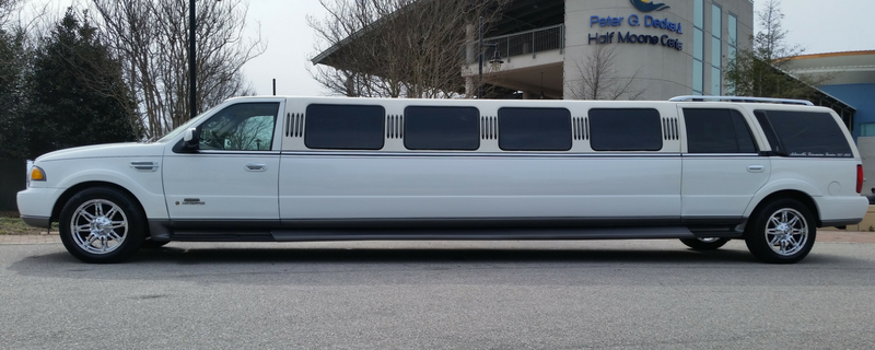 Ashworth's Limousines Stretch Navigator