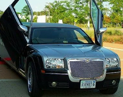 Ashworth's Limousines Lincoln Sedan Limo